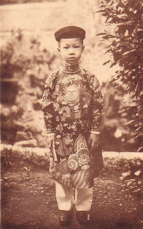 Prince VinhThuy.jpg (104684 octets)
