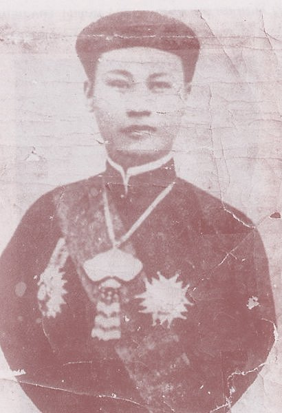 Thanh-thai1.JPG (44241 octets)