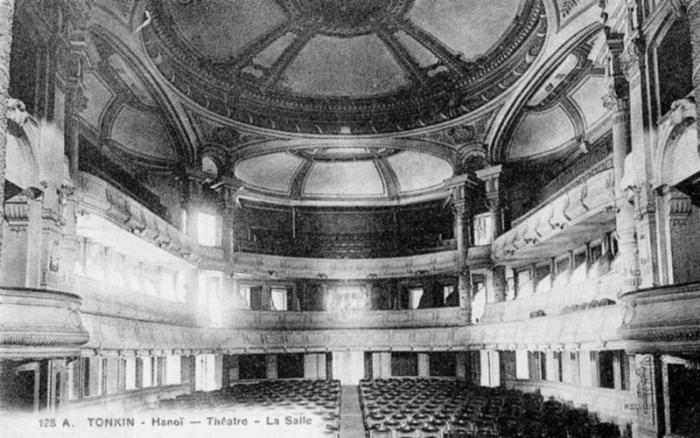 hanoi_theatre.JPG (62773 octets)