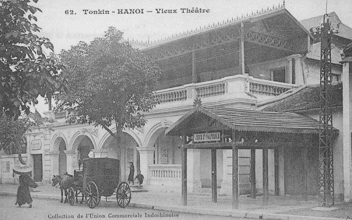 hanoi_vieux_theatre.JPG (80624 octets)