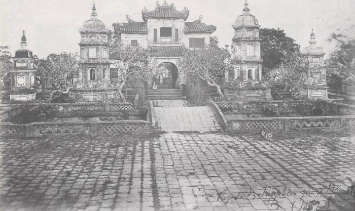 pagode_hanoi_1852.jpg (63971 octets)