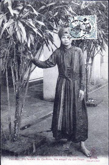 The-Mui_2e_femme_CaRinh_1911.jpg (74716 octets)